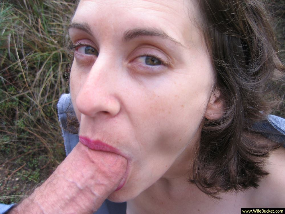 Wifebucket  Hot Wife Gives A Great Blowjob Outdoor-1284