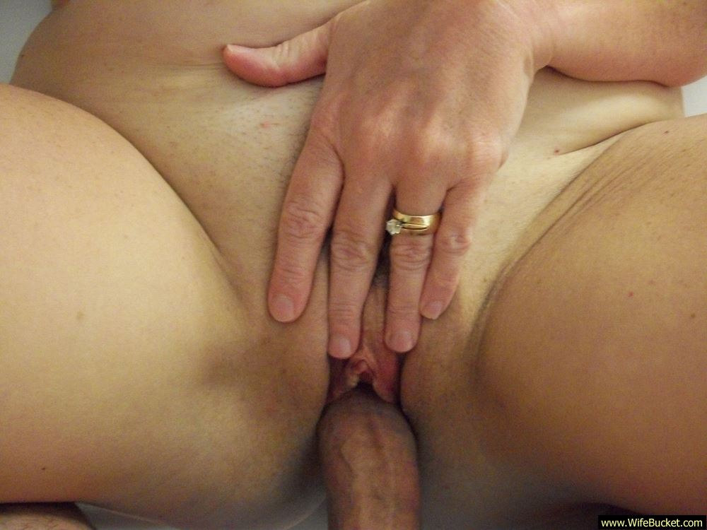 Wifebucket  Naked Pics Of A Chubby Mature Wife-5797