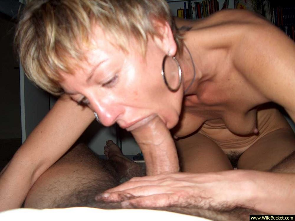 Variant, yes fit naked women sucking cock