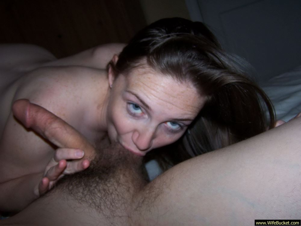 Wife takes load in the ass
