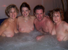 Amateur vacation hot tub pool orgy