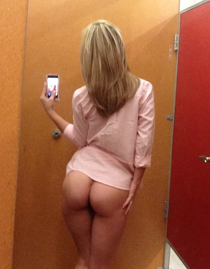 naked text pics of girls
