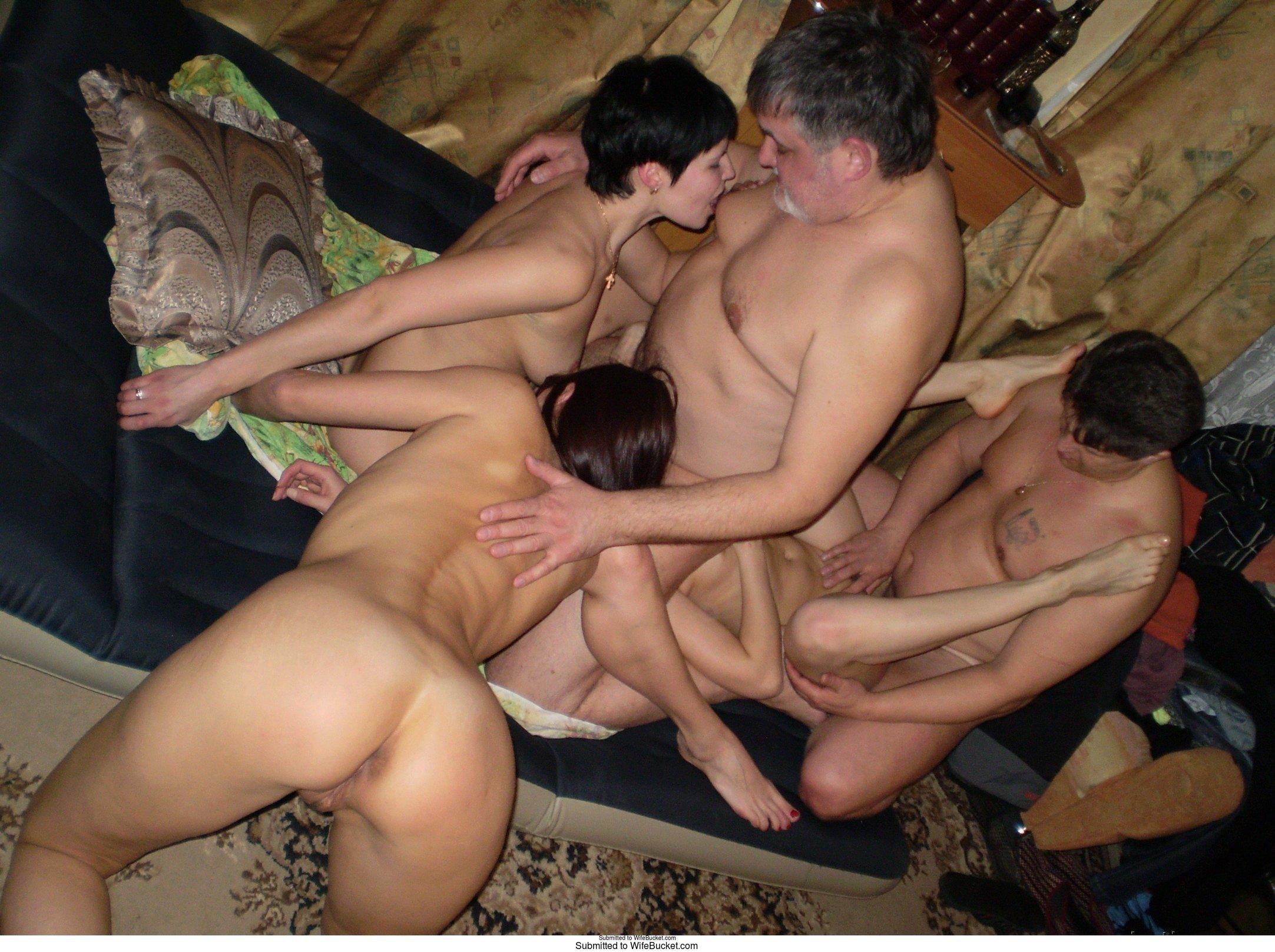 sex auf stuhl erotische massagen darmstadt