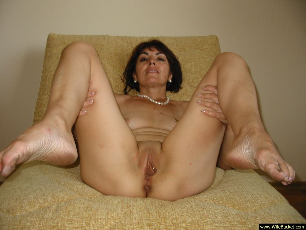 mature wifes having sex