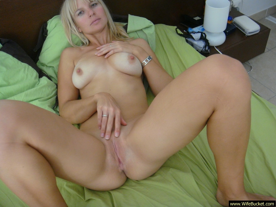 Hot blonde milf cougar sex
