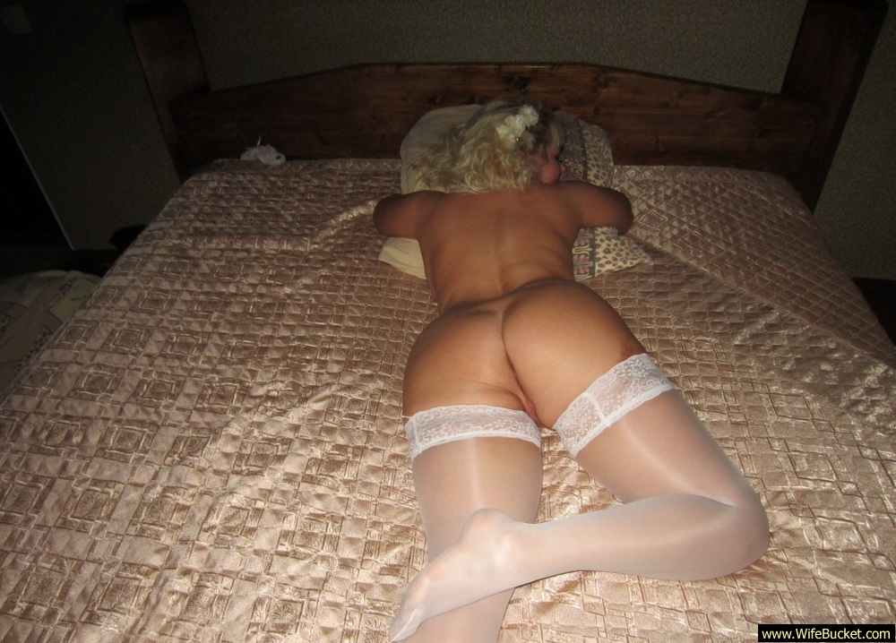 Sex toy butt plug tail