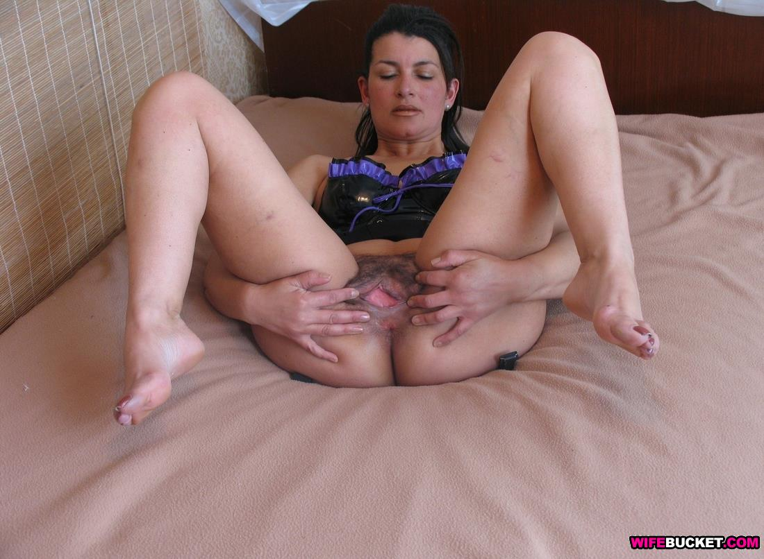 shy amateur wife spread on bed naked