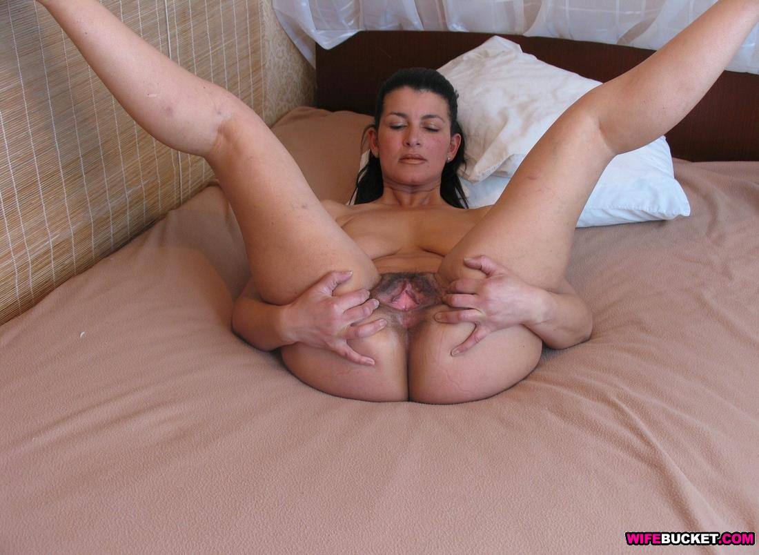wifebucket | homemade nudes of sexy milf barbara