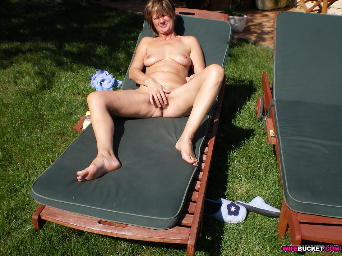 British neighbors wife naked