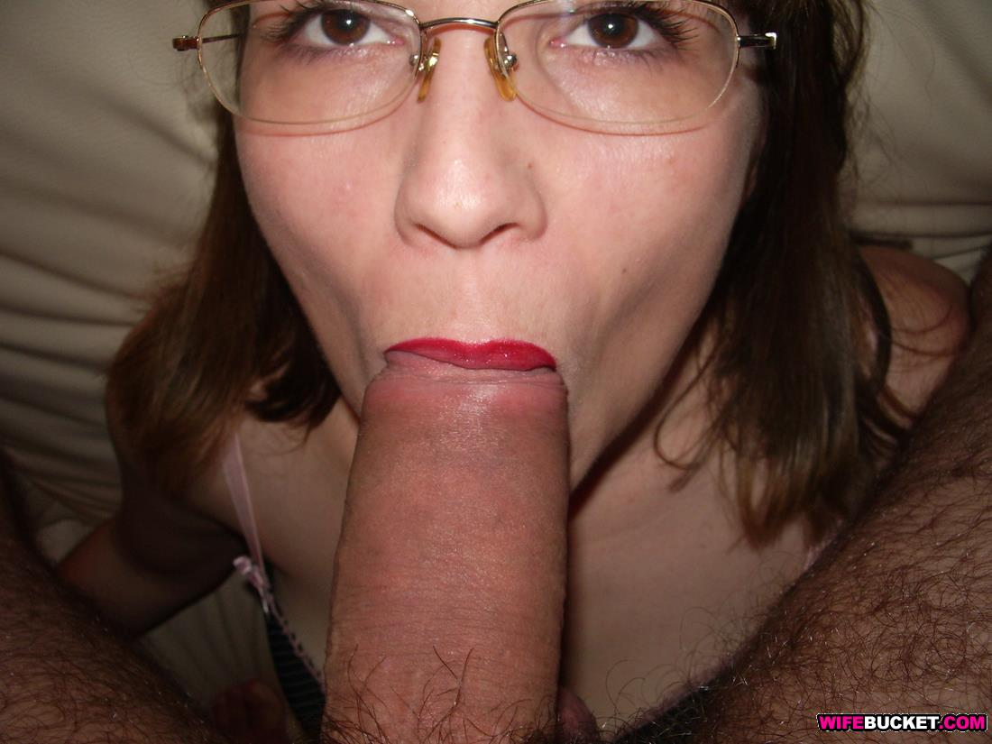 Amateur couple make their first fuck film 5