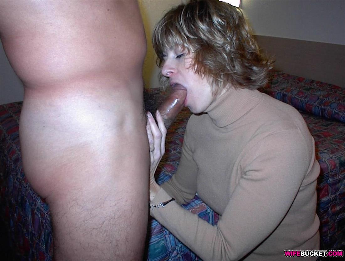 Blowjob homemade wife