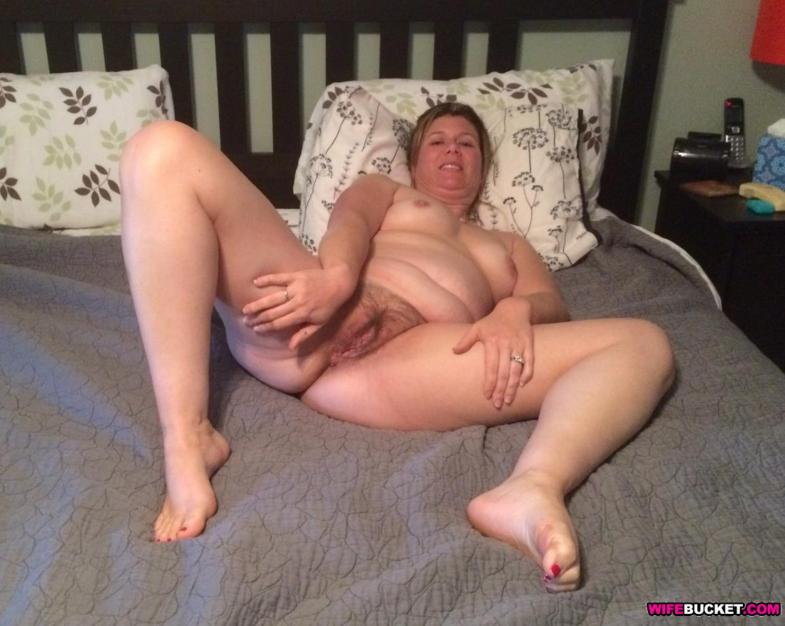 self shot cumming pussy