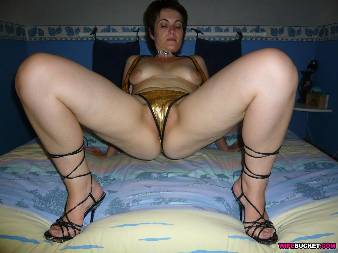 French mature nude-8366