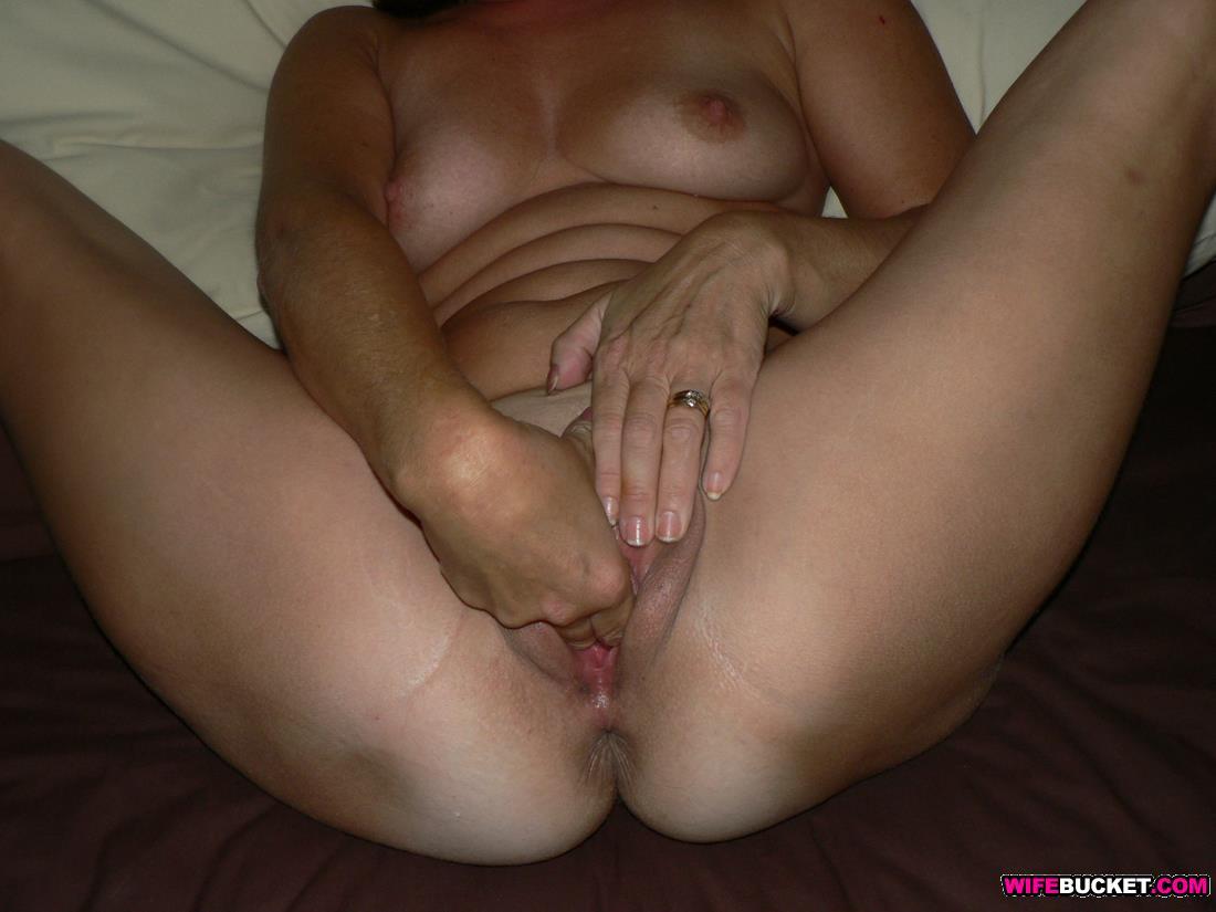 Woman sucking a huge cock