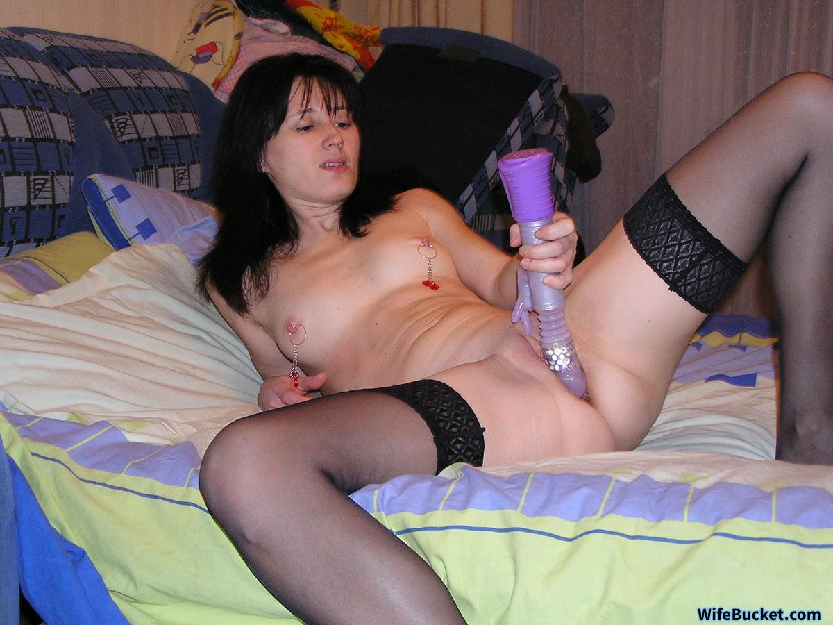 Hot fit milf showing off naked body strip joi