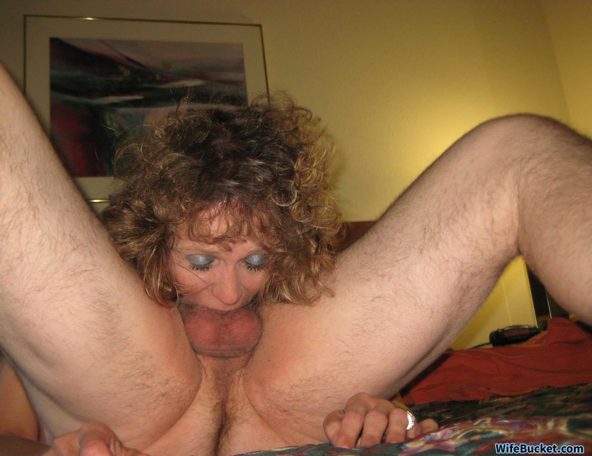 Amateur granny deepthroat
