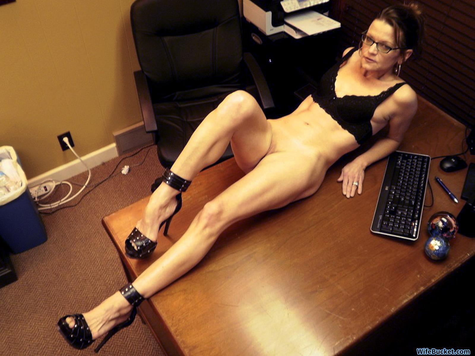 Office wife nude